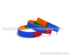 Segmetned silicone bracelets for vocal concert