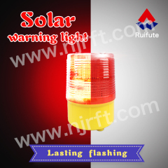 Red dynamic high temperature waterproof solar warning light traffic warning lights