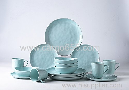 16-Piece Porcelain Dinnerware Sets