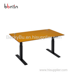Durable standing office desk