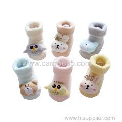 熱い販売安いかわいい子供の靴下3D漫画の動物滑り止めの赤ん坊の靴下