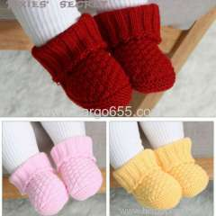 Hot selling newborn kids shoes socks fluffy faux fur women soft boot crochet and knitted mini socks