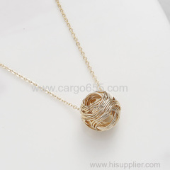 Custom Zinc Alloy Metal ball vogue necklace jewelry