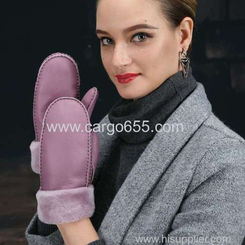 China Manufacturer Women Real Shearling Mitten Mouton Winter Warm Fur Leather Gloves