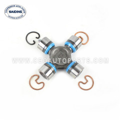 universal joint for Toyota Hilux GGN25 KUN25 LAN35 TGN26 08/2004-03/2012