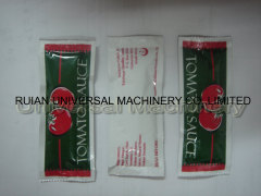 Vertical Automatic Ketchup Curry Sauce Pouch Sealing Packing Machine