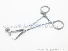 Удержание кости / удерживание пластины с помощью щипцов для сверления