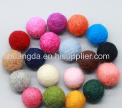 Felt ball sizes are available in a variety of colors and sizes