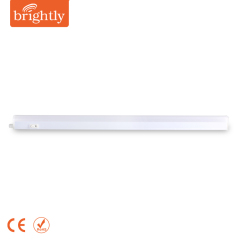8W LED T5 Integrated Fixture