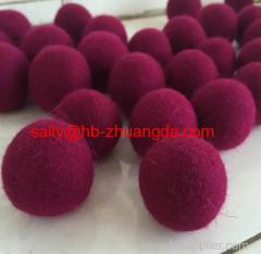 Felt ball Showing more colors and sizes can be customized