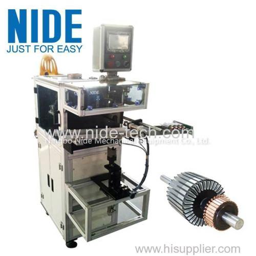 Rotor slot paper inserting machine