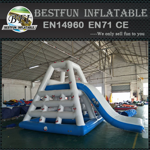 Giant inflatable aqua park water floating slide
