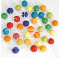 Wool Felt 35 Balls Garland
