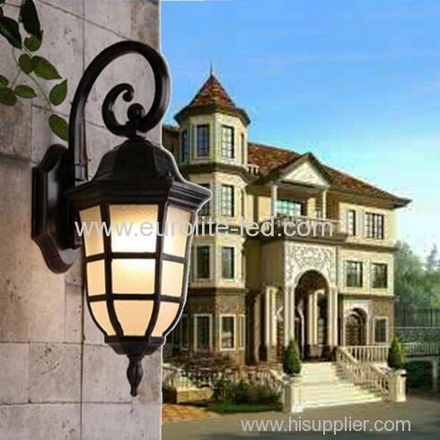 euroliteLED Aluminium Garden Light Outdoor Wall Lamp with Glass Lantern