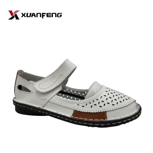Latest Designs Summer Ladies Sandals Flat Leather Ankle Strap Women Sandals