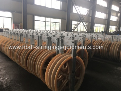 Three sheaves Conductor Pulleys for pulling 2 or 3 cables on transmission line