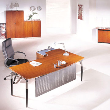 Clear lacquer office desk