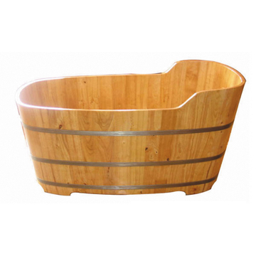 Oak wood bathtub
