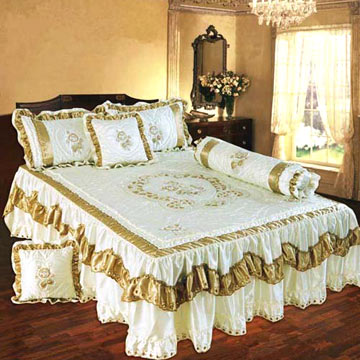 Satin Computer Embroidered Bedspread Sets