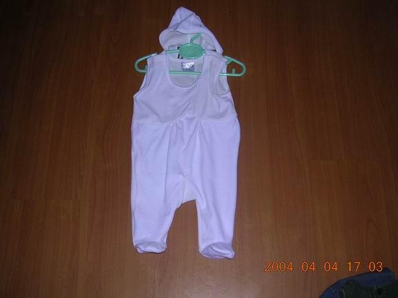 infant garments with cap