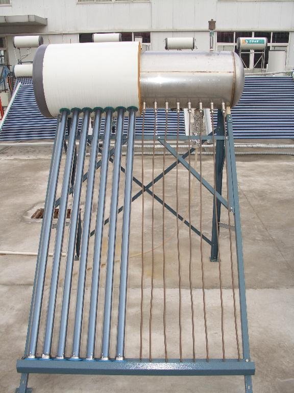 supply pressurized solar water heater with heat pipe
