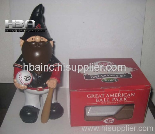 Garden Gnome Bobblehead and Polyresin flower pot