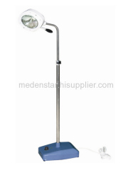 Cold light operating lamp with one reflector