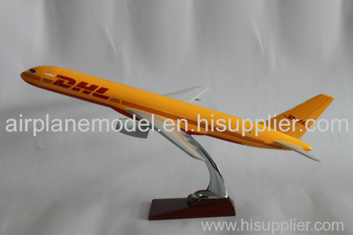 resin model aircraft Boeing757-200 DHL 47cm