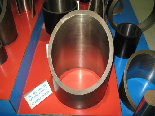 Oil cylinder steel tubes by honing production