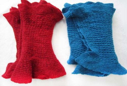acrylic woven scarf includes red or blue colors