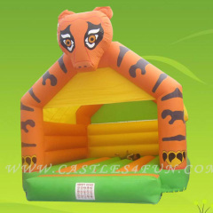 inflatable bouncers,moonbounce