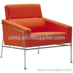 Arne Jacobsen Series 3300 Easy Chair