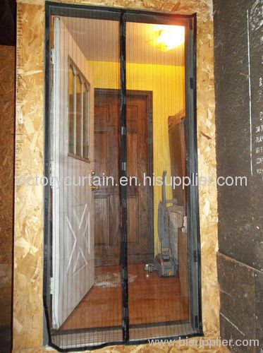 2012 new magnetic screen doors