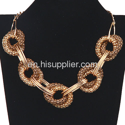 Costume Jewelry Cheap Punk Rock Hoop Link Chain Bib Necklace