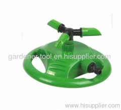 Plastic 3-arm lawn water sprinkler with plastic base
