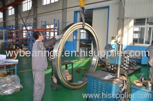 Extreme large size deep groove ball bearing