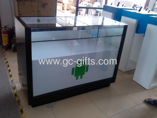 Lockable acrylic display showcases for watches