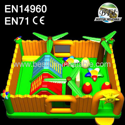 2014 Farm Paradise Inflatable Playyard
