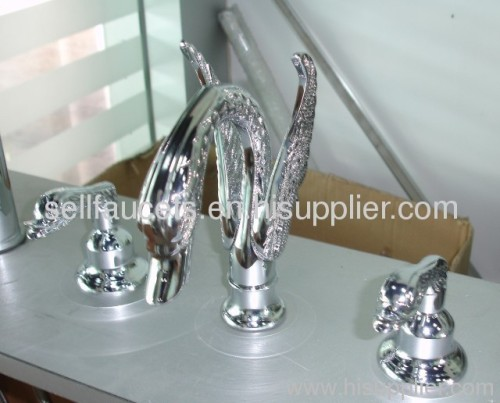 chrome clour swan sink faucet 8 inch widespread lavtory faucet hotel faucet