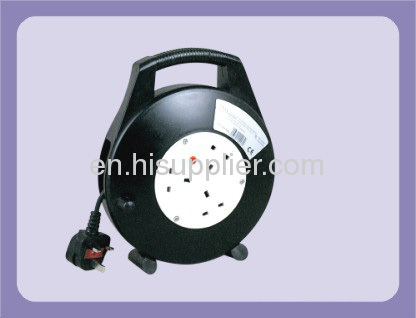 20m Portable UK extension cable reel with 3 outlet sockets 13A