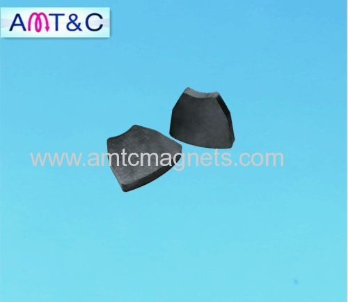 Ferrite magnet for magnetic separator