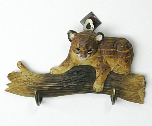 Wood Carved Mountain Animals Hook-Leopard
