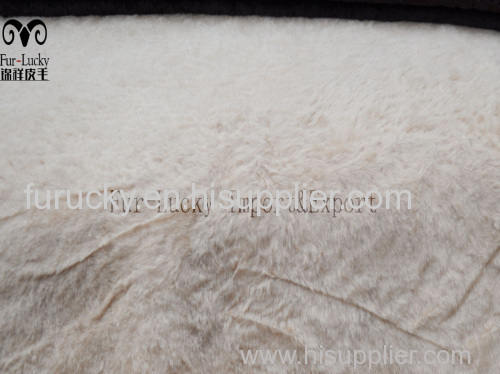 Good Air permeability sheepskin