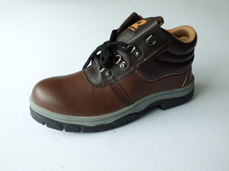 Insulation safety shoes waterproof oil resistant and Adiabatic