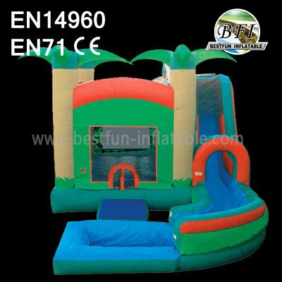 Popular Inflatable Jungle Castle with slide