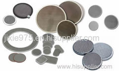 Extruder screen filter disc from stainless steel or nickel alloy
