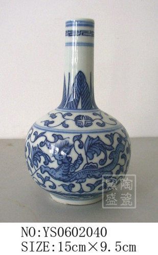wholesale vase of blue and white porcelain