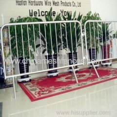 Heavy Duty 1100x2500MM Hot Dipped Galvanized Crowd Control Barriers