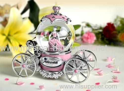 PRINCESS WATER GLOBE PINK SILVER POLYRESIN CARRIAGE MUSIC BOX LED LIGHTS