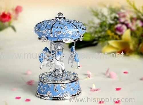POLYRESIN CAROUSEL MUSIC BOX